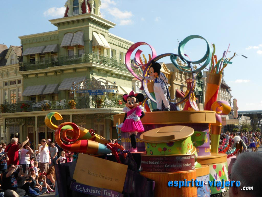 walt disney world magic kingdom orlando parade