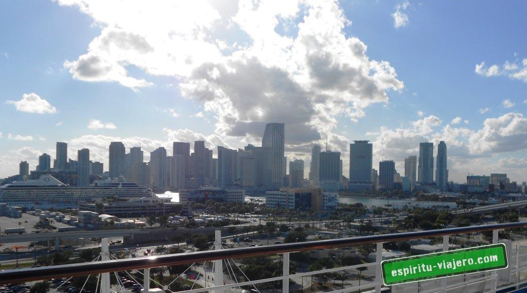 Downtown Miami desde el puerto