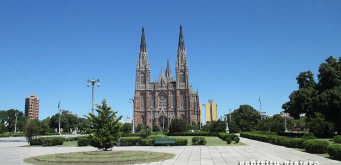 Catedral La Plata Plaza Moreno