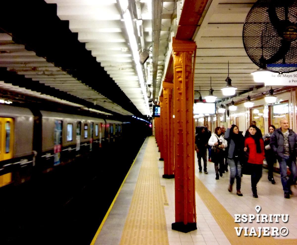 Estación de la Línea A del Subte de Buenos Aires