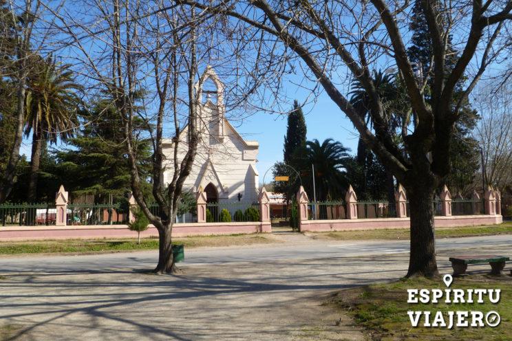 Plaza Uribelarrea pueblos turisticos buenos aires