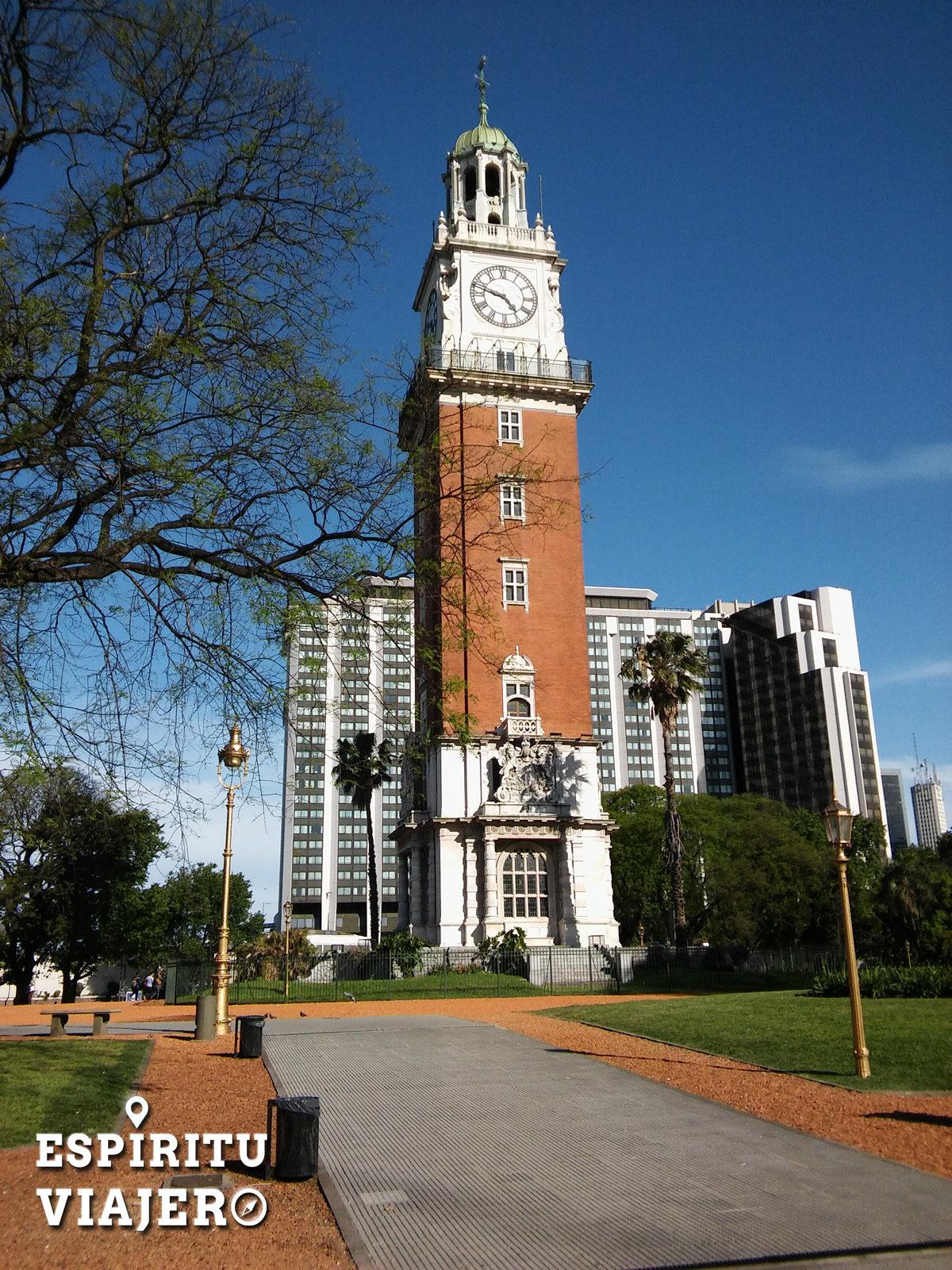 Torre Monumental Retiro Buenos Aiers